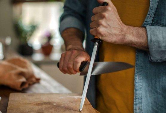 Affilare i coltelli