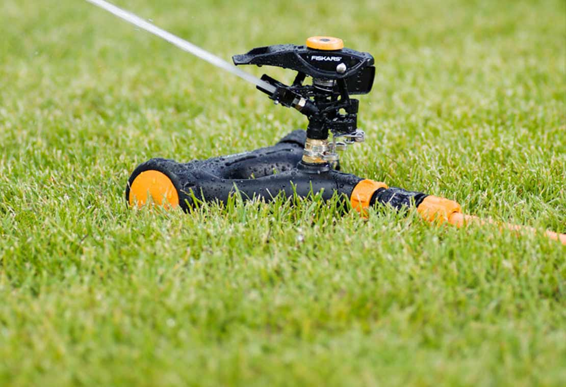 Irrigatore oscillante L